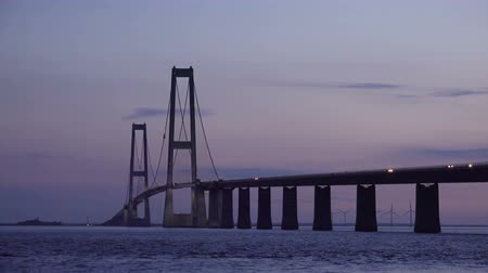 pilon : Big Belt Bridge at Evening Sunset with Illumination