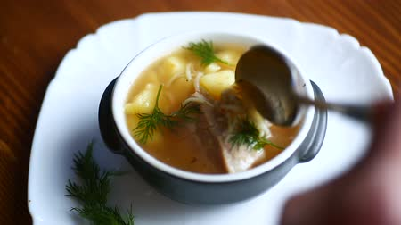 cserépedény : hot soup with homemade noodles in a bowl Stock mozgókép