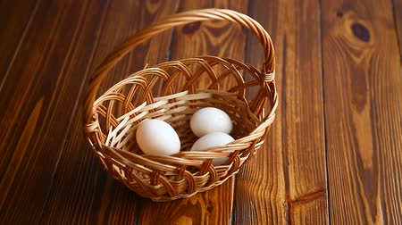 chicken recipes : Wicker basket full with eggs Stock Footage