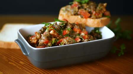 konserve : eggplant caviar Stok Video