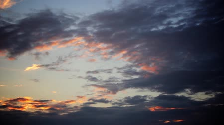 puffy clouds : Time lapse clouds at sunset... Stock Footage