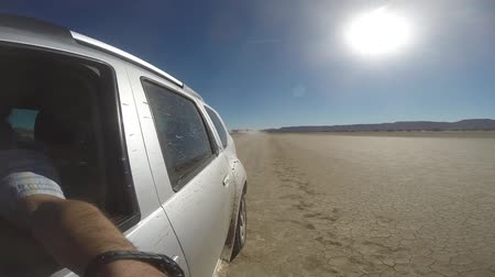 marrocos : Driving in the desert with a 4wd car. Morocco, Africa.