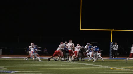 birlik : High School Football Game in Slow Motion. Stok Video