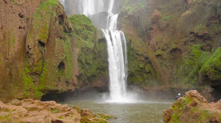 марокканский : Ouzoud Waterfalls located in the Grand Atlas village of Tanaghmeilt, in the Azilal province in Morocco, Africa