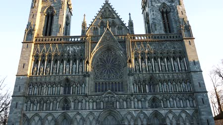 trondheim : Tilt up of the facade of the Nidaros cathedral in Trondheim, Norway. Stock Footage