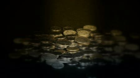 ganhar dinheiro : Coin Fall in golden dark space,group of RMB coins and rays light. Vídeos