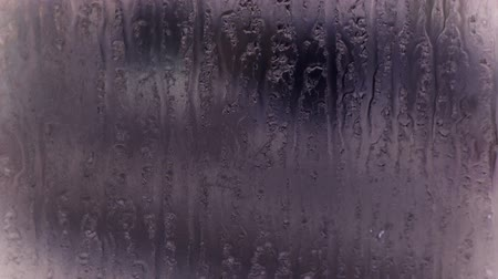ivászat : Water droplets on windows,Grilles,ice.