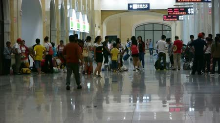 прихожая : The waiting hall of train station,chinese of China.