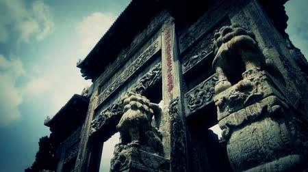 saray : China stone arch building & ancient city gate.movement of clouds,stone lions unicorn.  Stok Video