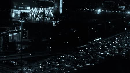encruzilhada : nighttime traffic pollution in city,cars jam troop slow moving on busy overpass. Stock Footage