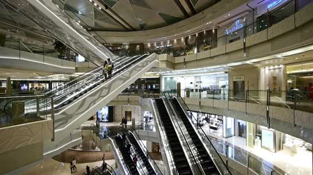 лифт : Shopping mall Escalator,shanghai china,ultra wide angle lens.