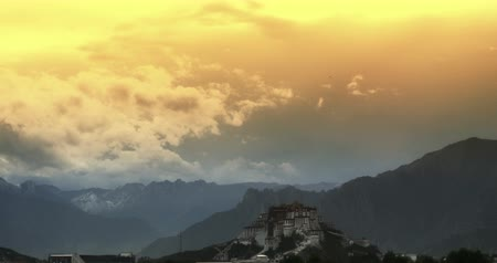 szerzetes : Potala Palace in the morning,Lhasa,Tibet.time lapse clouds flying over mountains.