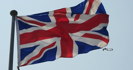 İngilizler : Britain flag is fluttering in wind. Stok Video