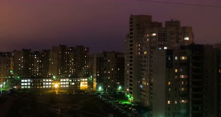 trabalho : 4K From Night To Day Time Lapse of St. Petersburg Neighborhood , High Angle View, Ultra HD