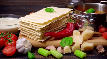 parmigiano : lasagna pasta sheets, bolognese and bechamel sauce Stock Footage