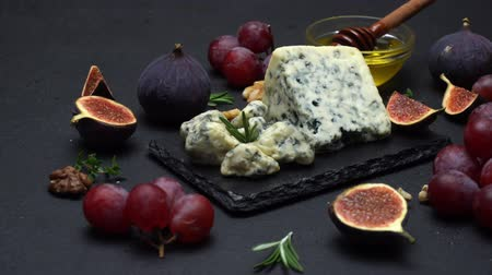 dorblu : Slice of French Roquefort cheese with figs