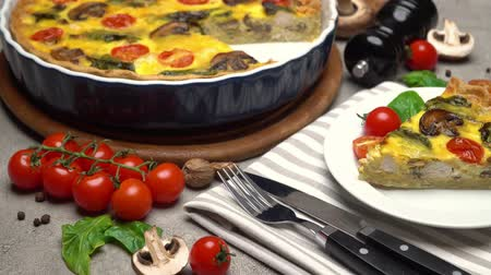 quiche : Traditional french Baked homemade quiche pie on wooden cutting board