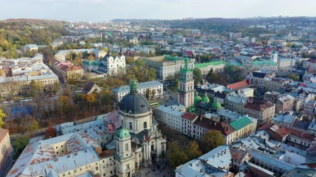 写真 : Aerial video of Dominican Church in central part of old city of Lviv, Ukraine