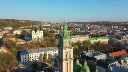 купол : Aerial video of Uspinska Church in in central part of old city of Lviv, Ukraine