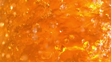 cerveja : Beer Splash in Slow Motion at 1500 fps Macro Tabletop 1080p