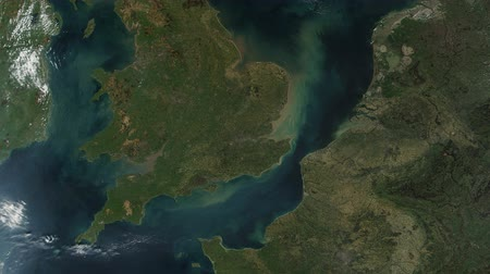 térképek : United Kingdom UK From Space with Wales and Ireland Stock mozgókép