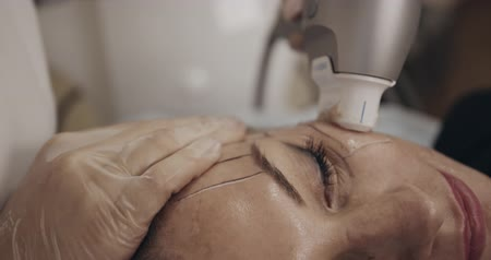 совершенство : Non-surgical face lifting. Using special device. Filmed on cinema camera, 12 bit color