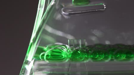 ampulheta : Colored oil acrylic hourglass timer ornament Vídeos