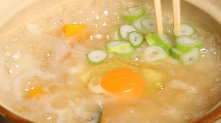congee : Japanese food, cooking the Zosui (soup and rice)