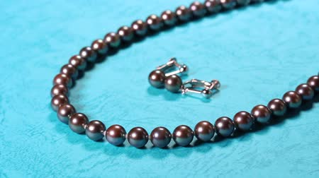 collier : Black Pearl Necklace and earrings Vidéos Libres De Droits