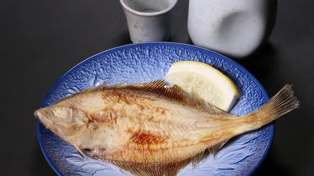 sake : Grilled Righteye Flounder and Sake