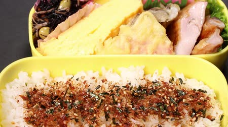 pişmiş : Homemade Bento (lunch box) close up Stok Video