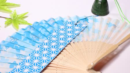 chime : Folding fan and wind chime