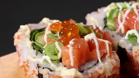 mayonaise : Japanese Seafood roll Close up Stockvideo