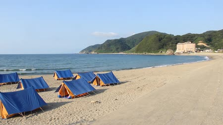 купание : Tents on the Yura Beach, Yamagata prefecture Japan