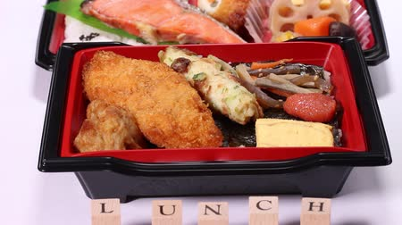 ノリ : Makunouchi Bento and seaweed bento (Japanese lunch box)