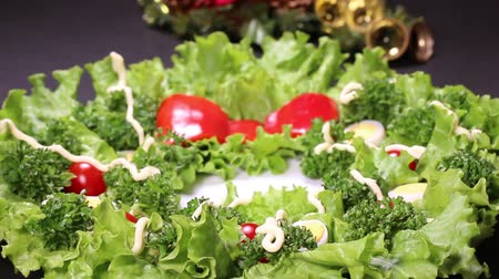 majonéz : Vegetable Christmas Wreath and Christmas ornament