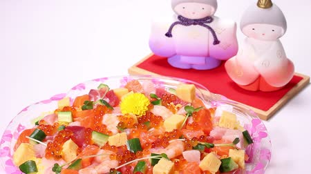 кукла : Seafood Chirashi Sushi and Hina Dolls Стоковые видеозаписи