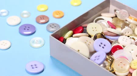 příze : Lots of buttons in a box
