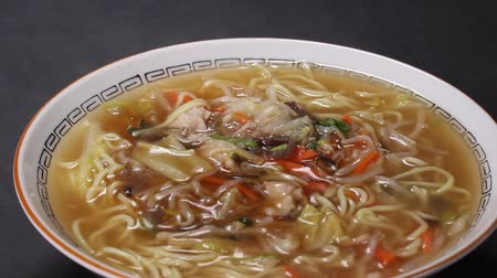 ramen : Gomoku Ankake Ramen (Ramen with Vegetables )