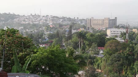 повреждение : wide shot of Port-au-Prince Haiti Стоковые видеозаписи