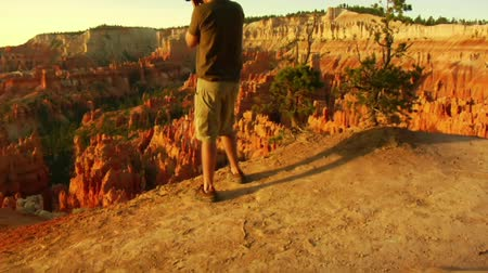fényképész : Jib shot of photographer Bryce Canyon national Park