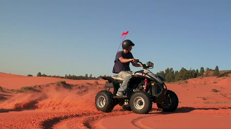 fast high shutter speed ATV rider Wideo