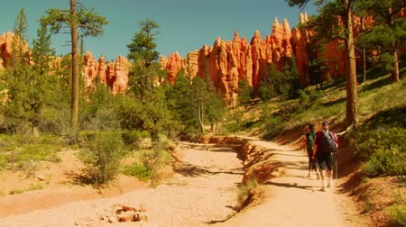 hikers in Bryce Canyon national Park