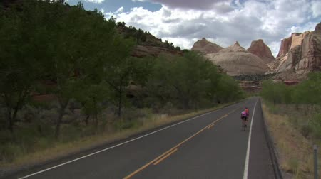 parceiro : Two Road Bikes ride through Capitol Reef National Park