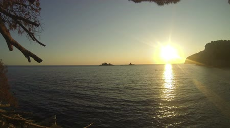 costa : Setting Sun With Lens Flare Over The Sea