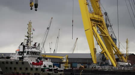 vracht schip : Scene Industrial Container Freight Trade Port Stockvideo