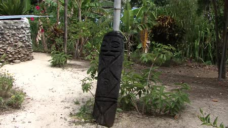 totem pole south pacific