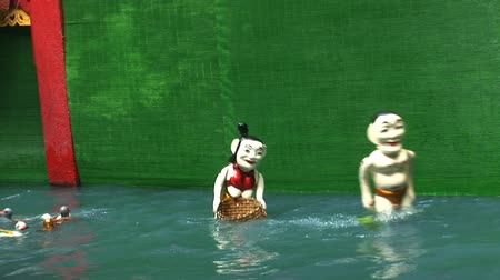 north vietnam : Water Puppets