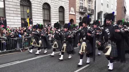 irlandês : St Patricks Day Dublin Band Stock Footage