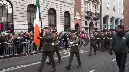 irlandês : St Patricks Day Dublin Military